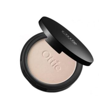 Ottie Shiny Pearl Compact Powder