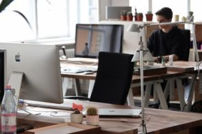 למה גיוס בהייטק עובר בדרך כלל דרך חברות השמה?