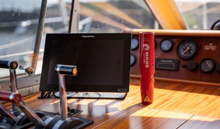MAUS Xtin - Naviga in sicurezza con il mini estintore MAUS Xtin