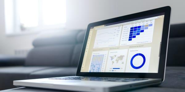 Verktyg för att visualisera data och skapa information kanske även kunskap