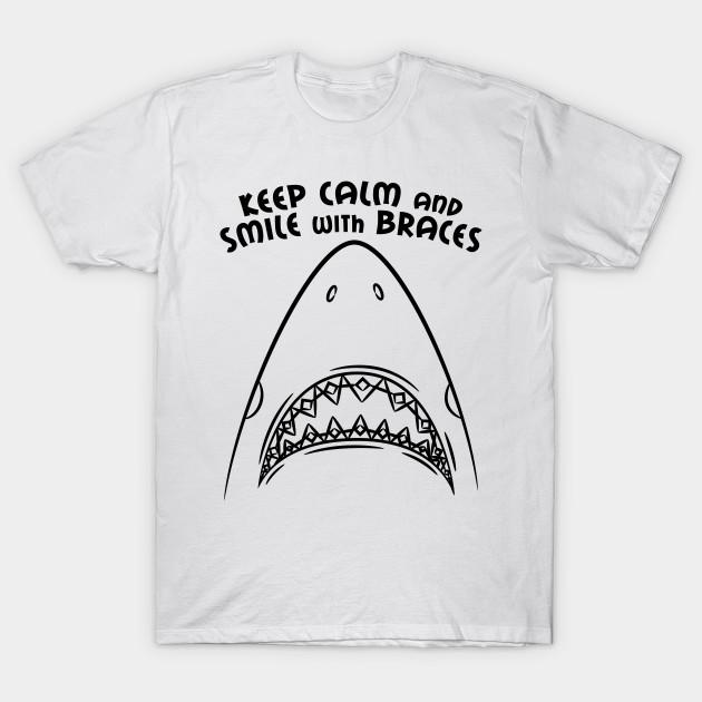 846023d9 Dentist Orthodontist Shark Lover Funny Gift Women Men Boys Girls T-Shirt