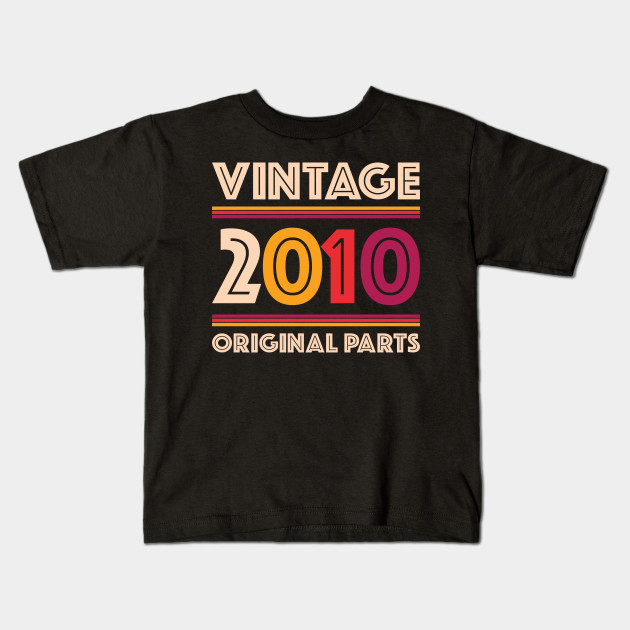 Awesome 2010 T-Shirt 9th Birthday Gift ideas T-Shirt For 9 Year Old Boys /& Girls