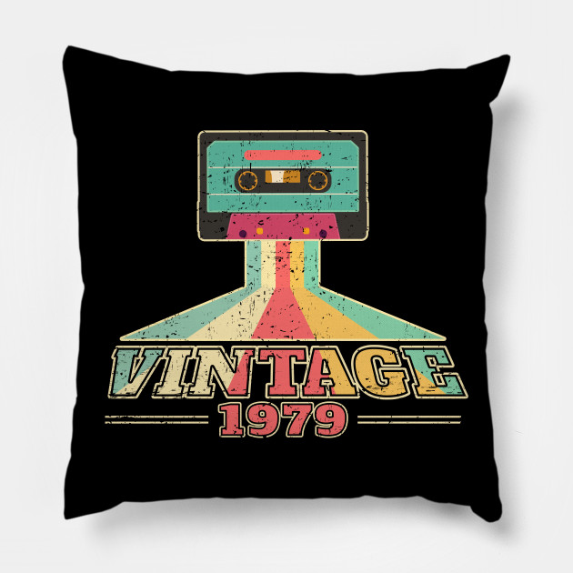 40th Birthday Gift Vintage 1979 Year Old Mixtape T Shirt Pillow
