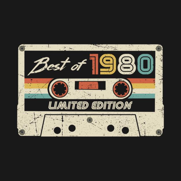 Born in 1980 Vintage 1980 Best Of 1980 40Th Birthday Retro Cassette 40 YoGift Tee Long Sleeve Hoodie Sweatshirt