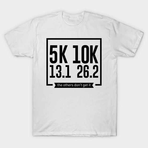 052b462f2296b 5K 10K 13.1 26.2 Runners Running Marathon Race