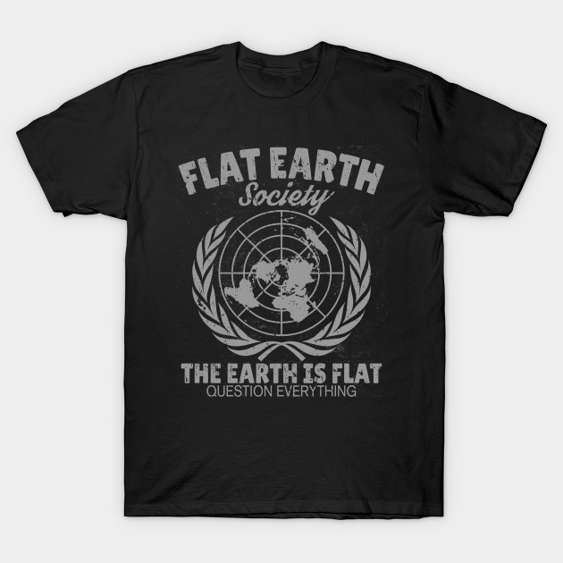 Flat Earth Society Retro Vintage Distressed Design T-Shirt