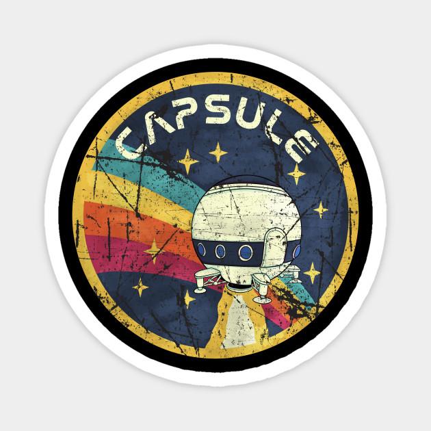 capsule nasa grunge