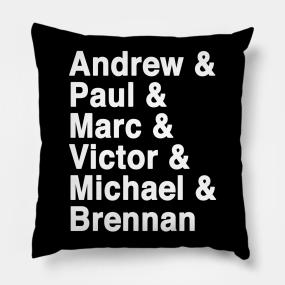 2 hunks on pillow