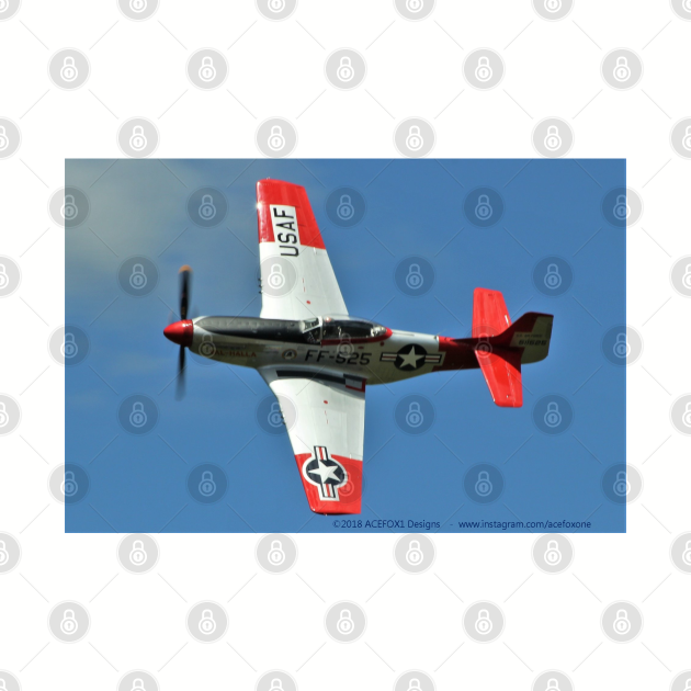 """P-51D Mustang """"Val-Halla"""" fast turn 2"""