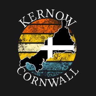 Main Tag Cornwall England Sea Coastal Scene Water Ocean Boats Harbour Landscape T-Shirt