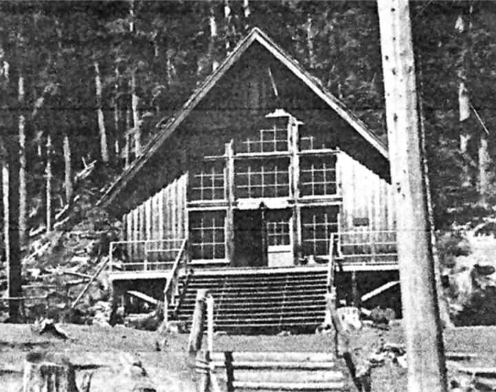 Spirit Lake's Big Lodge