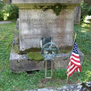 Benjamin Tallmadges gravesite in Litchfield, Connecticut