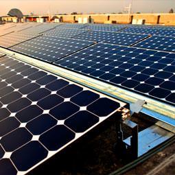پنل خورشیدی نیروگاهی و پکیج برق خورشیدی