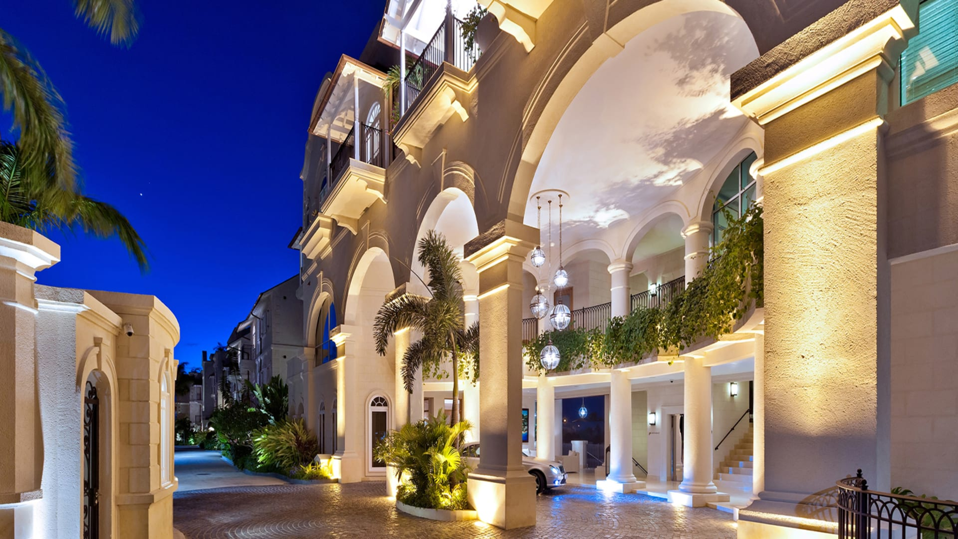 Port ferdinand 103 apartment barbados luxury homes - Centre commercial porte de saint cloud ...