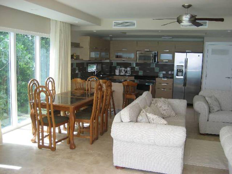 Open-plan Living/ dining/kitchen