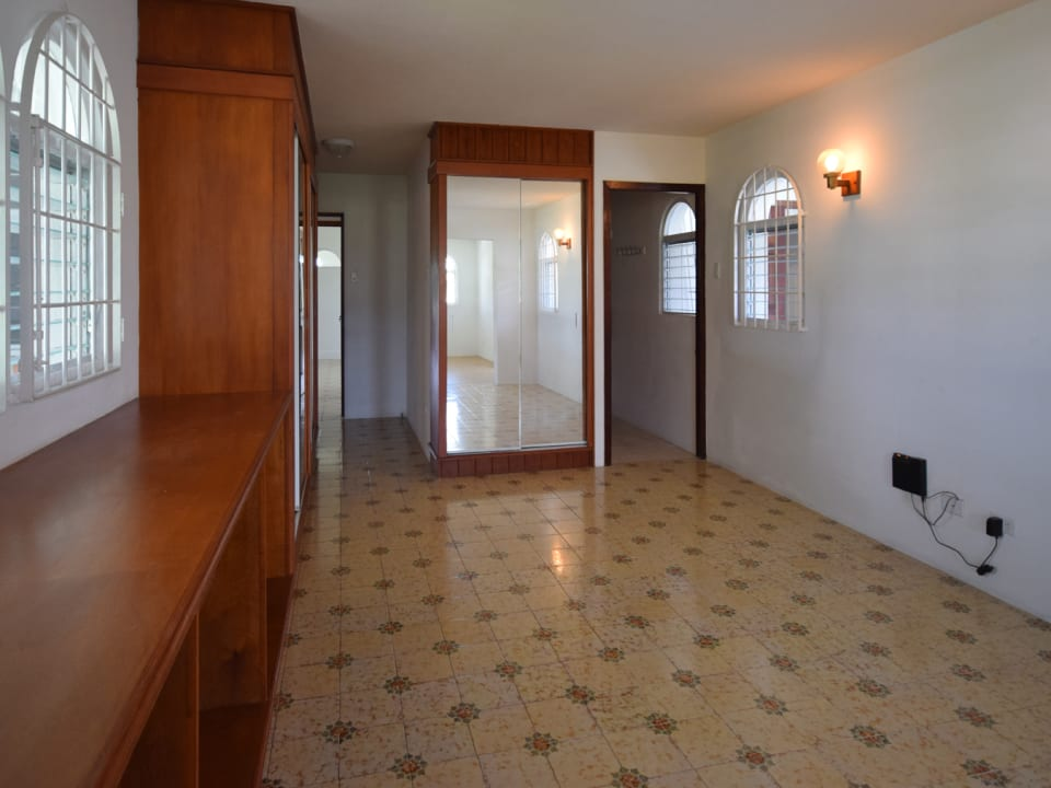 Large Suite with Private Entrance