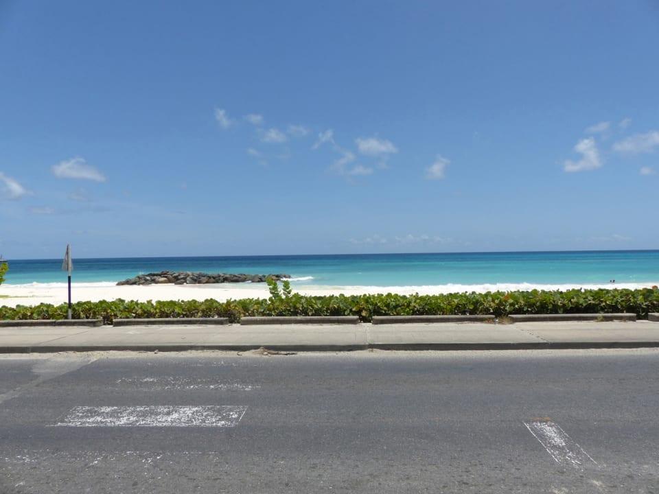 Cross walk to the Beach
