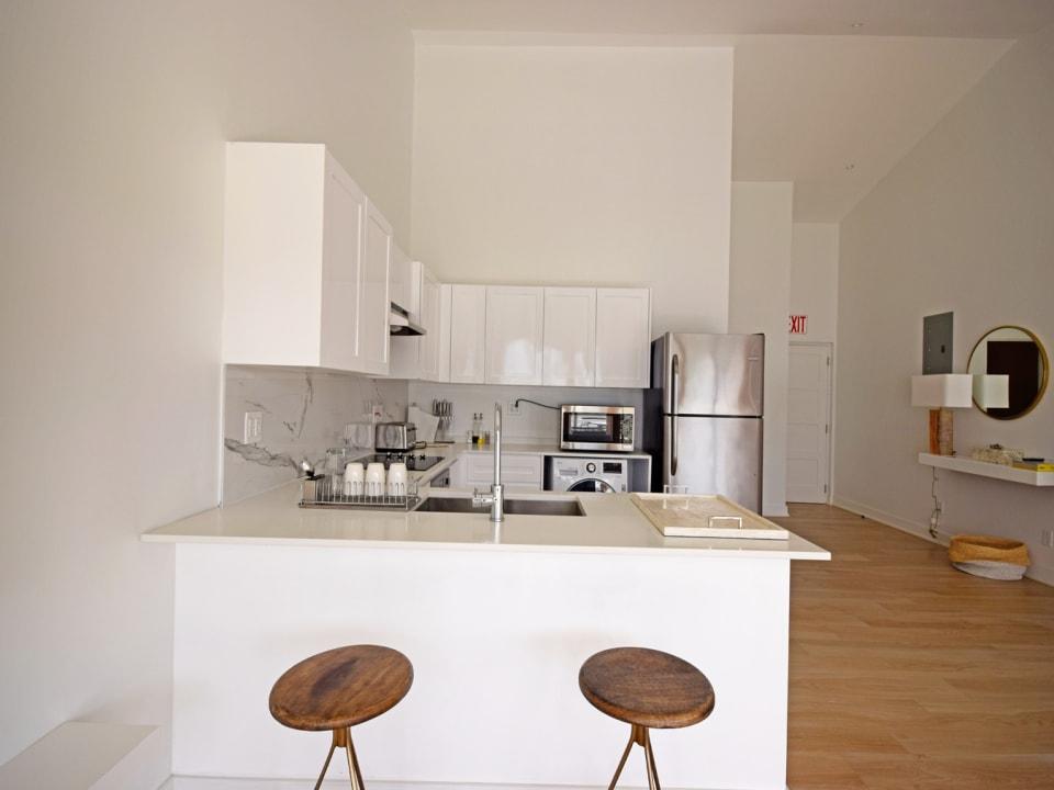 Breakfast bar and modern kitchen