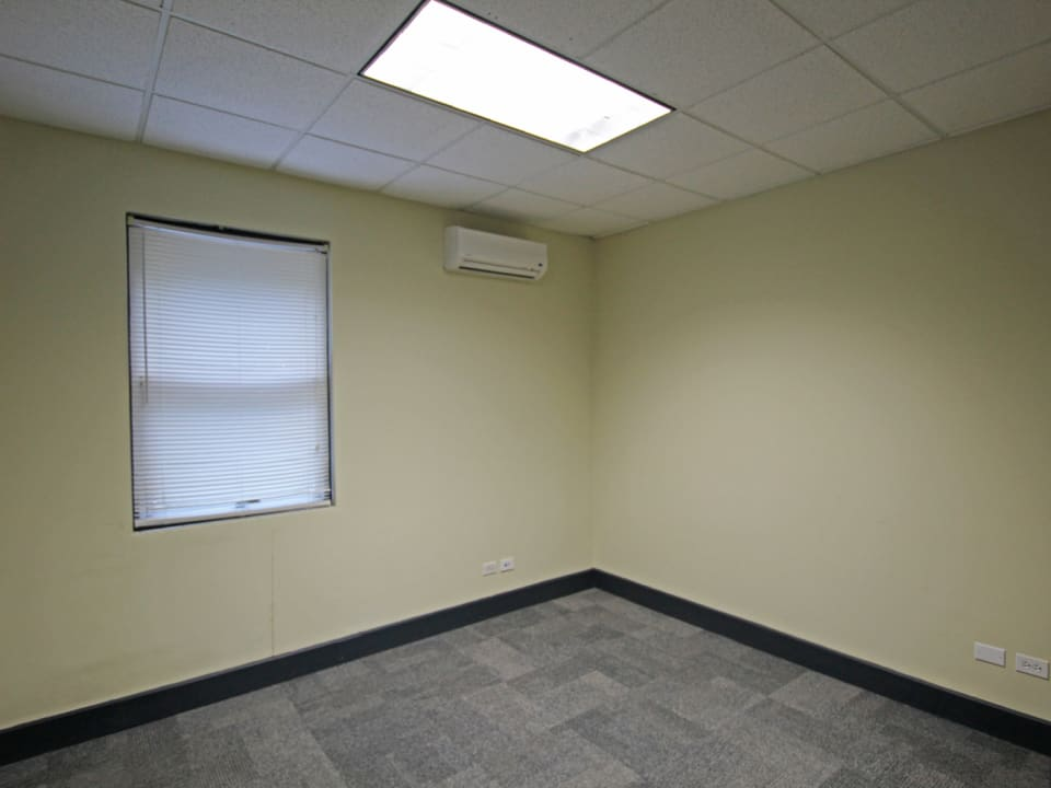Private office with split AC