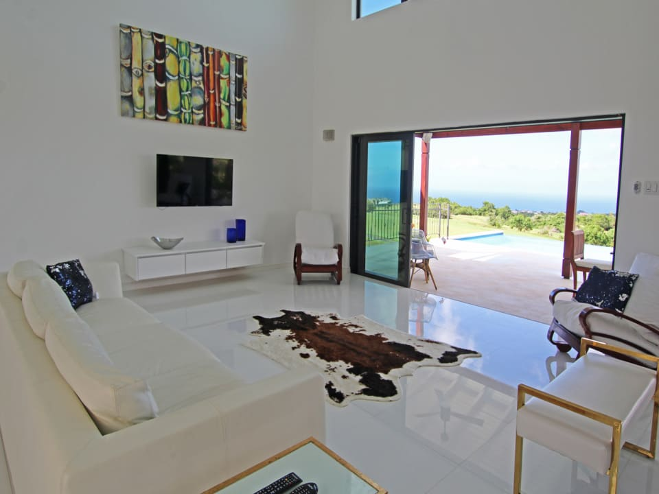 Living room facing the sea