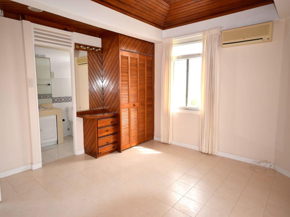 Large Guest Suite