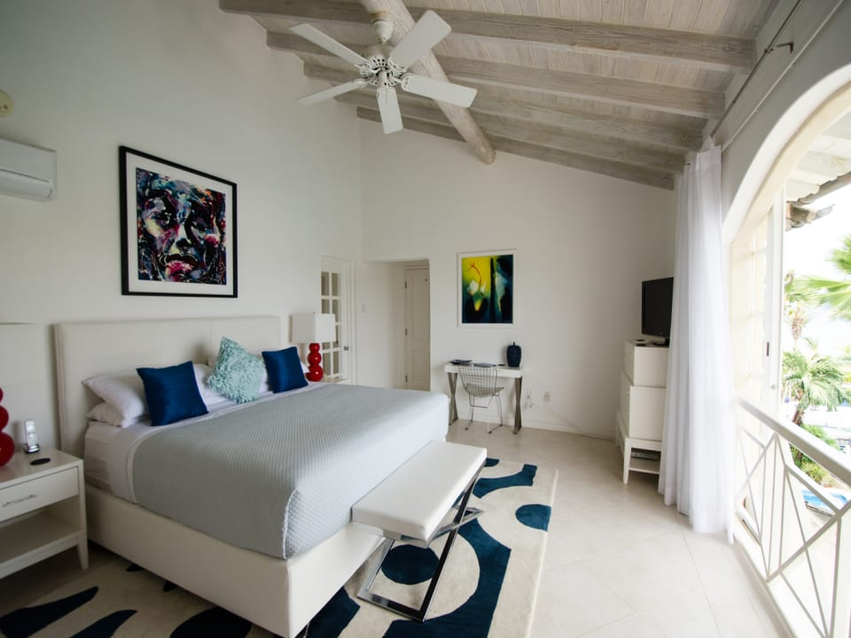Master bedroom has wonderful lagoon and sea views