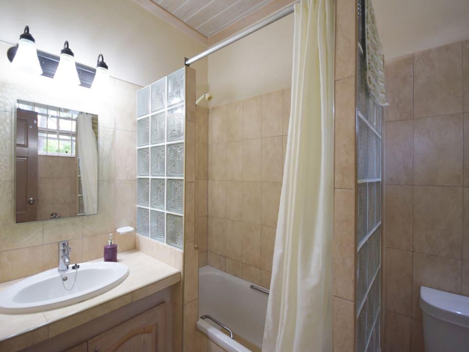 Ensuite Bathroom at Little Bimshire