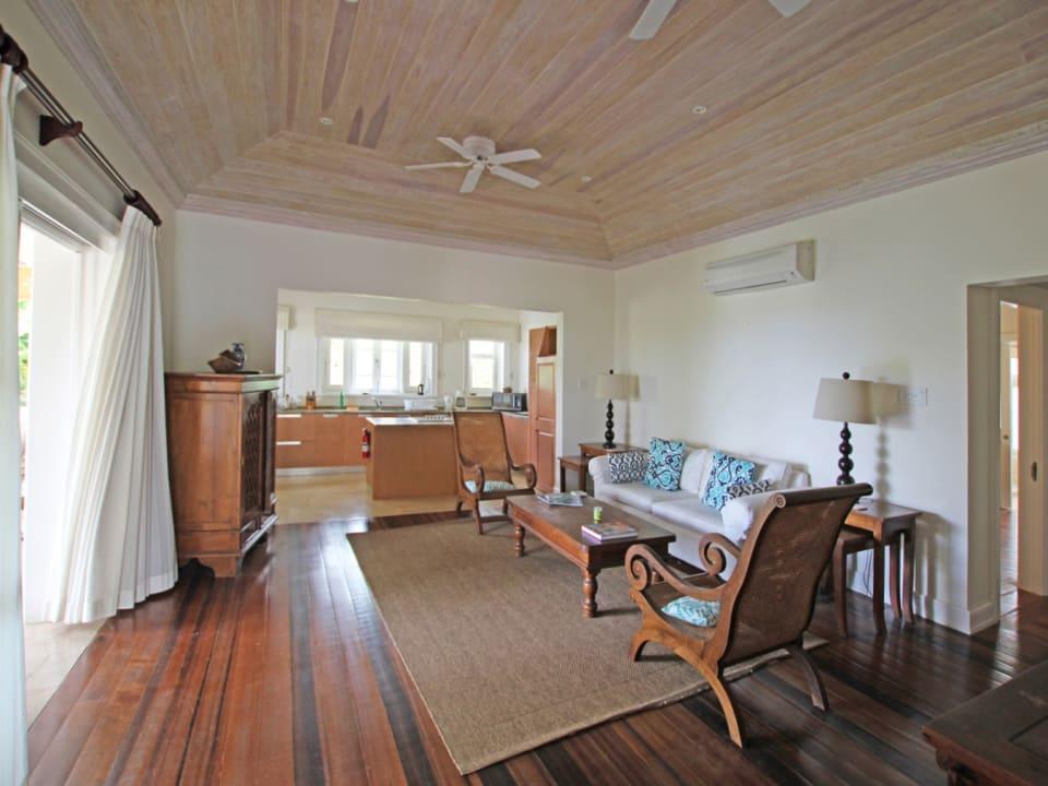 Open plan living room & kitchen