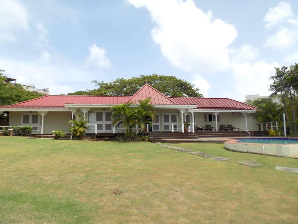 Bungalow Styled Villa