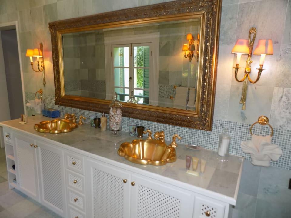 Bedroom 2 - Double Vanity