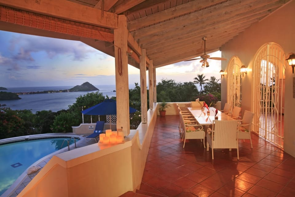Elegant Outdoor Dining on Verandah facing glorious Western Sunsets