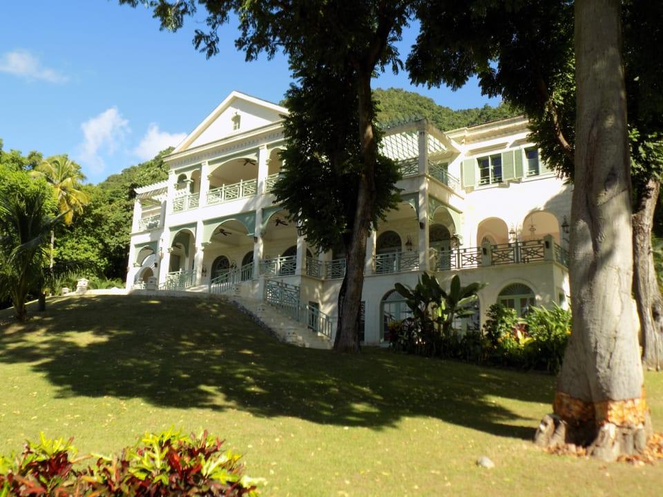 Villa on a Hill - Eastern Elevation