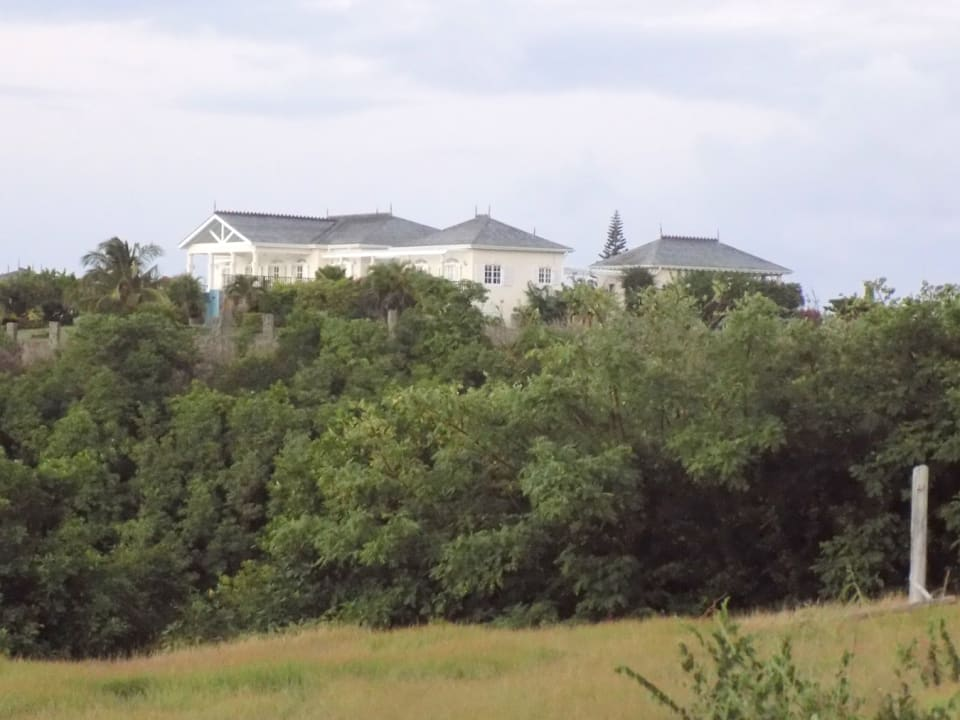 Views of Neighbouring Seabreeze Hills
