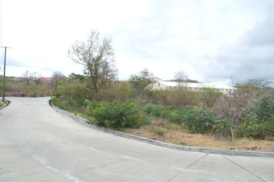 9.2 m existing concrete road