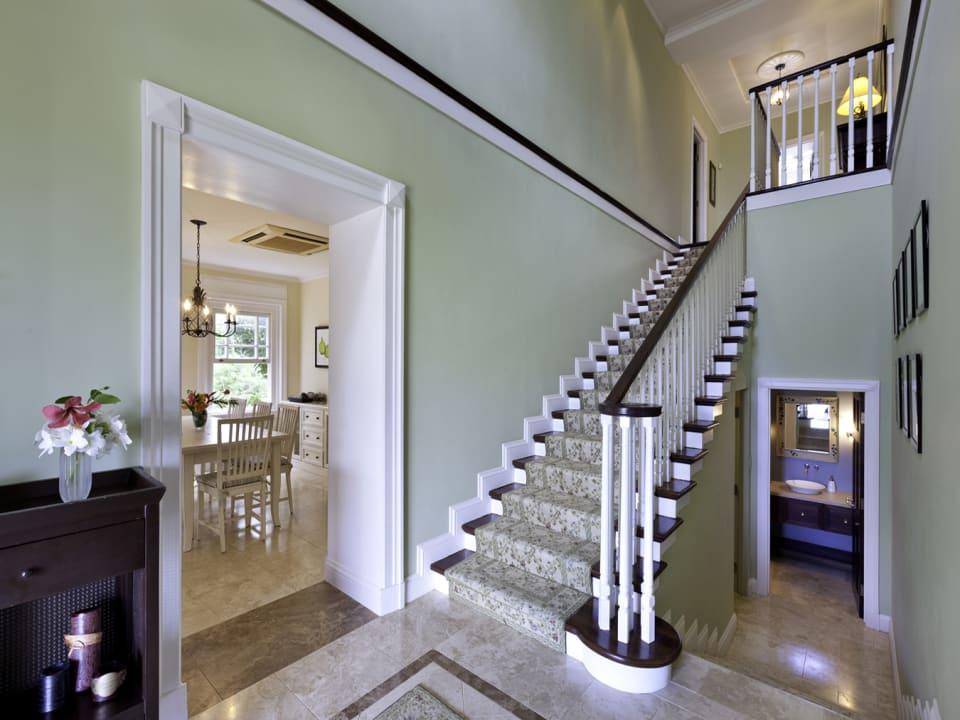 Foyer Stairs