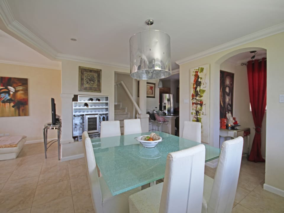 Dining area with built in wine chiller