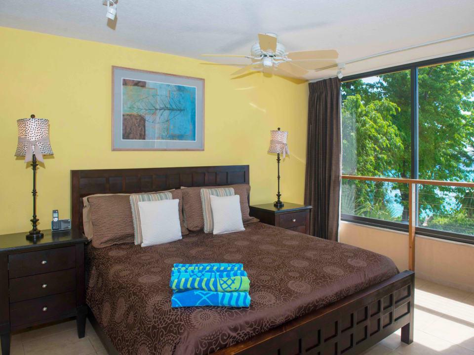 Spacious bedroom on the beachside