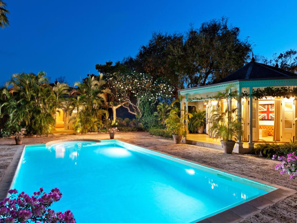 Stunning swimming pool
