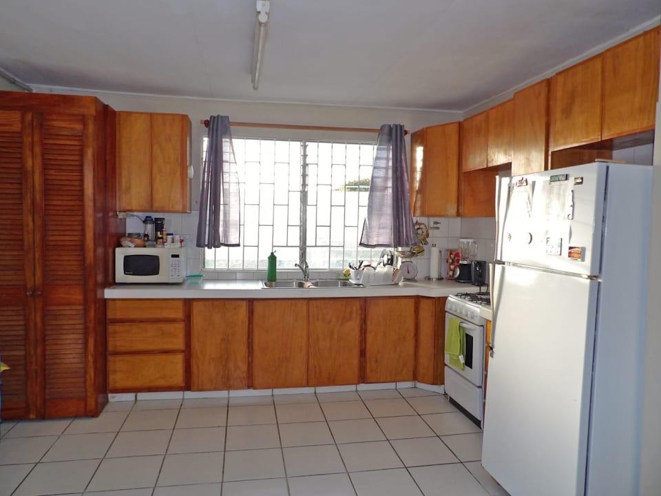 Kitchen in apt 1