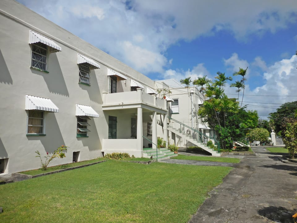 Balmoral Apartment Block and Gardens