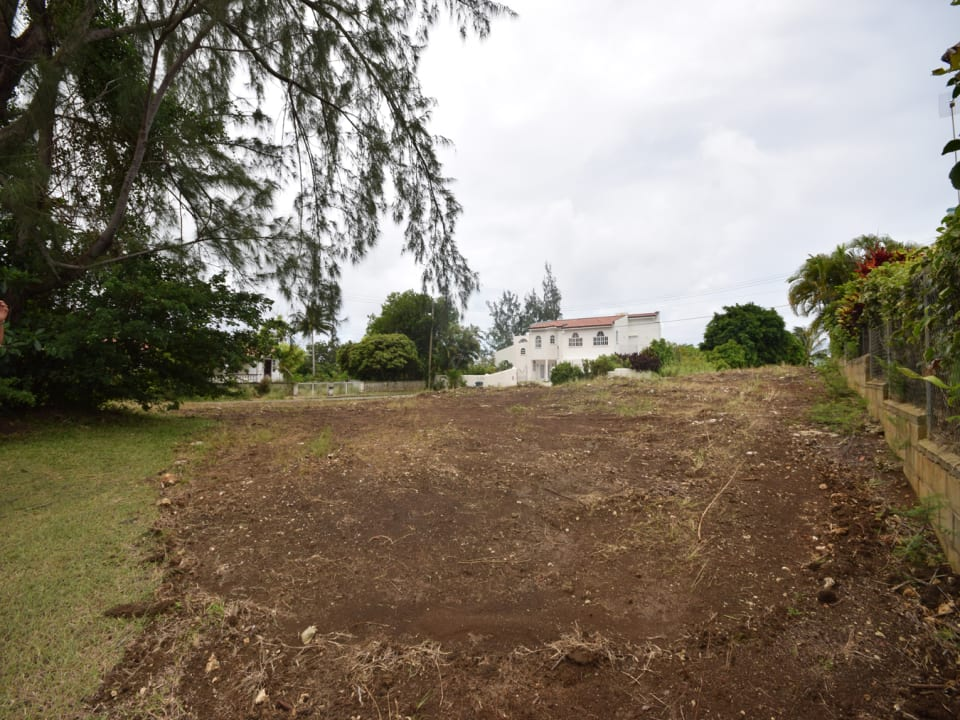 Gently Sloping Lot