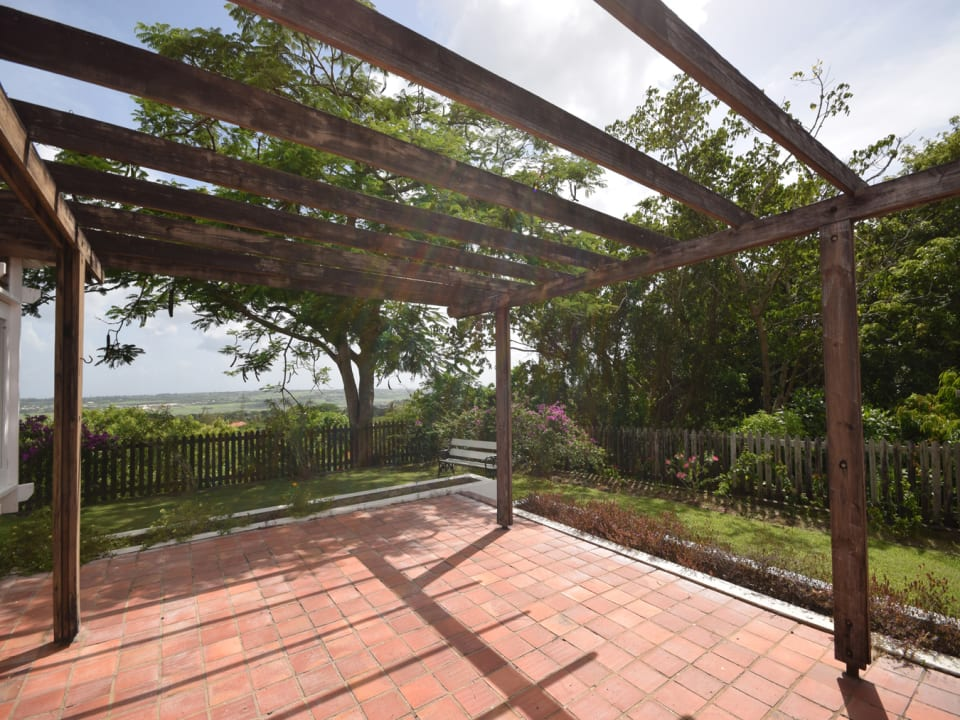 Pergola to the West