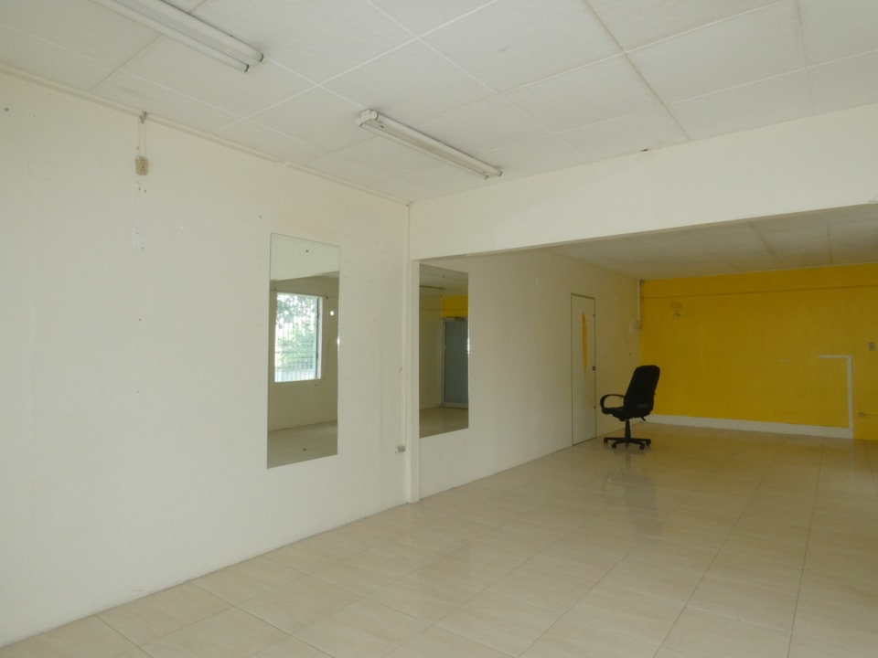 Office/retail space South/east