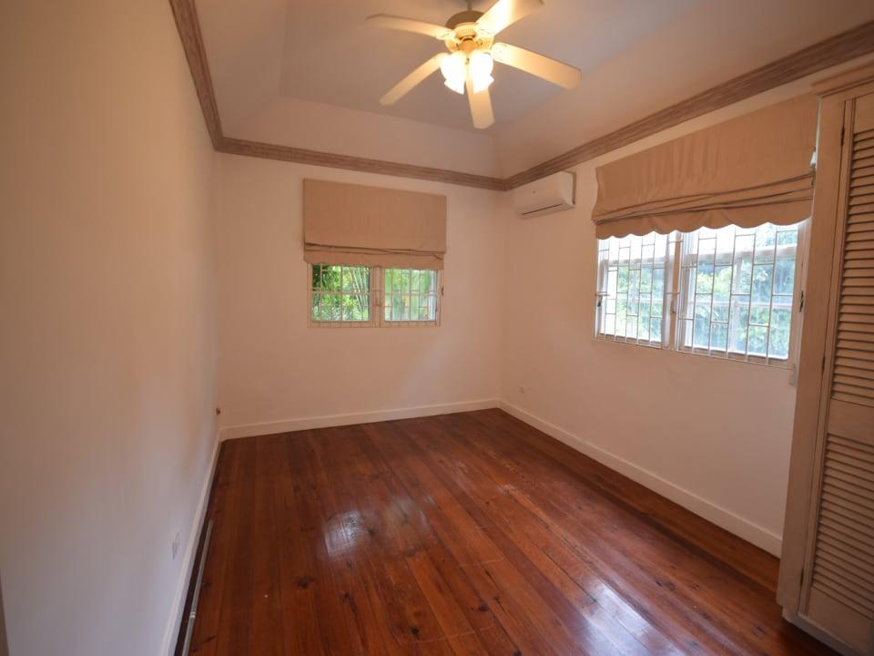 4th Guest bedroom