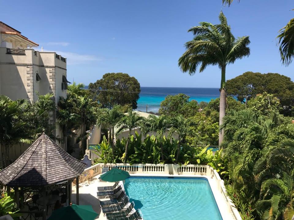 Summerland pool & gardens
