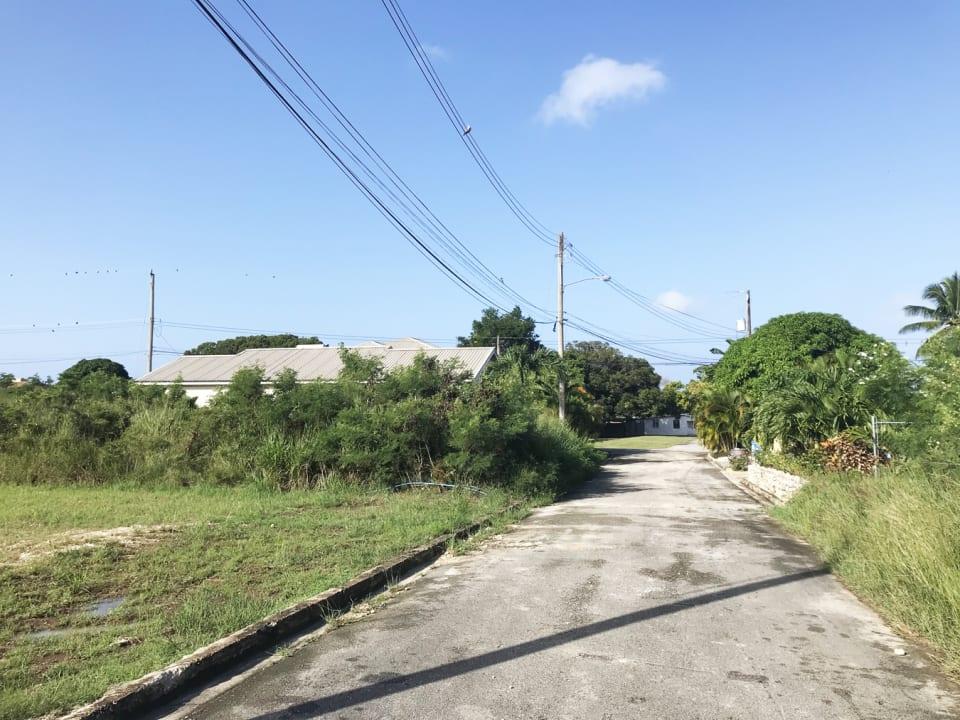Entrance road to cul de sac