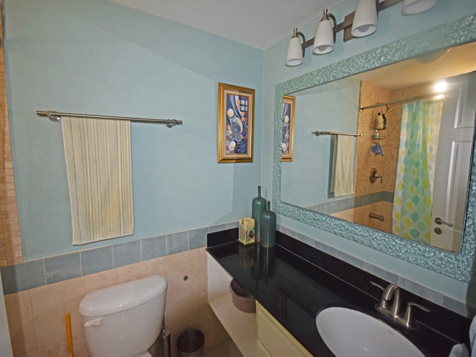 2nd Bathroom