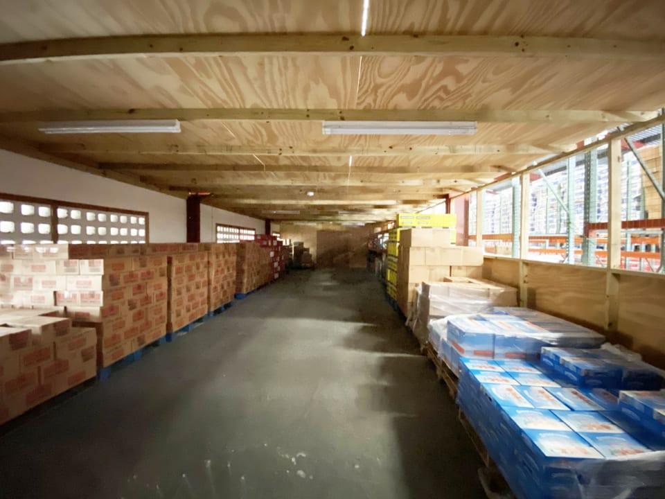 Secure mezzanine storage