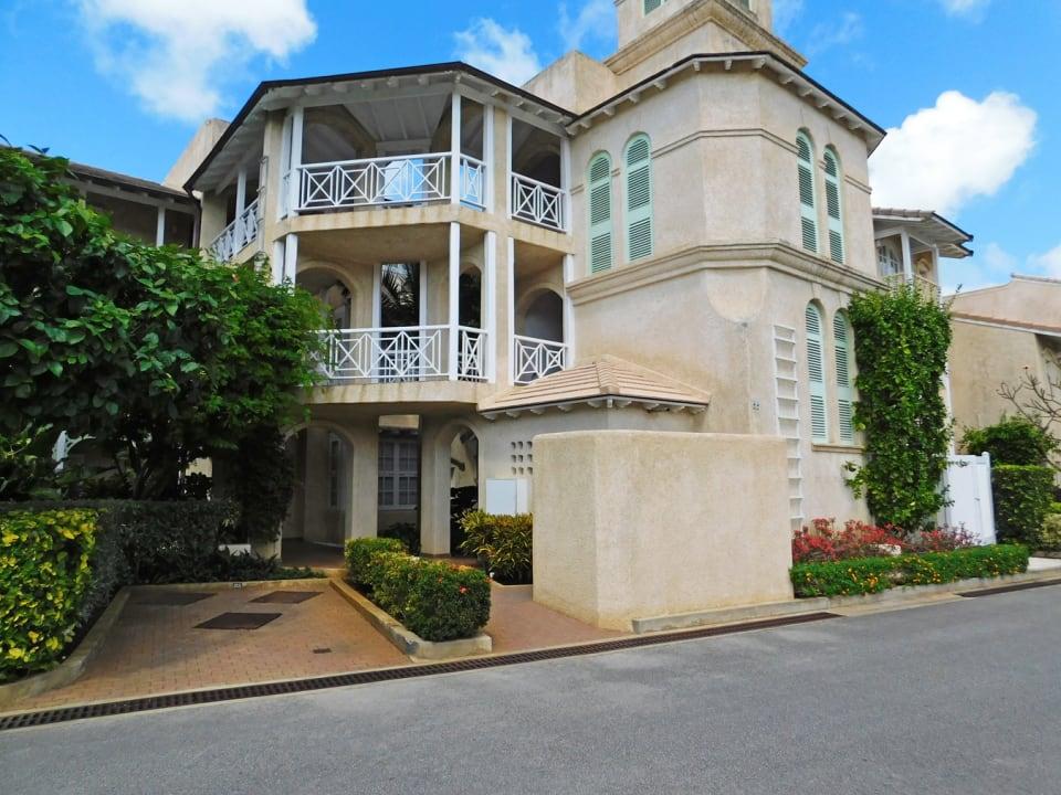 Port St. Charles 355 Entrance