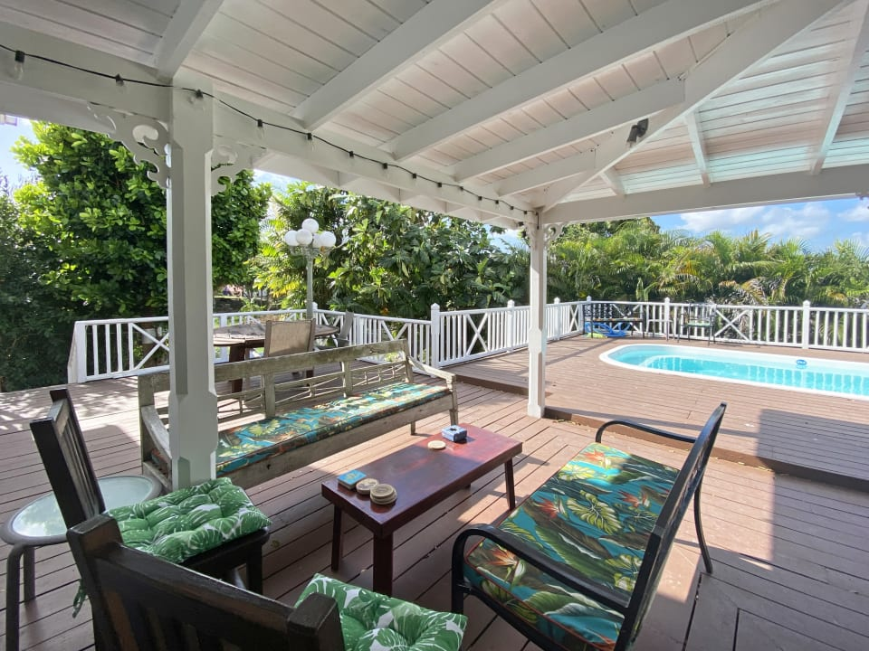 Large verandah, pool and deck
